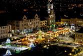 Târgul de Crăciun închide circulaţia în Piaţa Unirii din Oradea