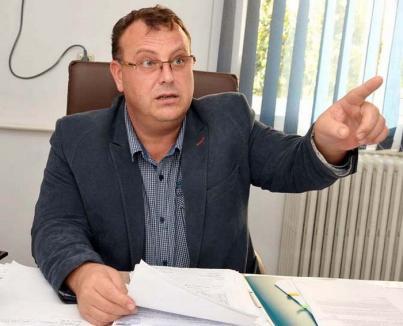 Retrospectiva săptămânii, prin ochii lui Bihorel: Şeful Termoficare a stat trei zile în genunchi să se roage să nu vină gerul
