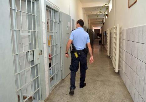 Marea eliberare: 33 de tâlhari, hoţi, bătăuşi și traficanți de carne vie vor să iasă mai repede din Penitenciarul Oradea