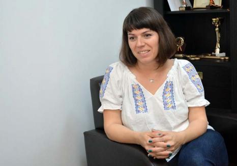 Hrăniţi-vă cu viaţă! Vegetariană convinsă, Teodora Czentye vrea să le explice orădenilor de ce ar trebui să prefere fructele şi legumele