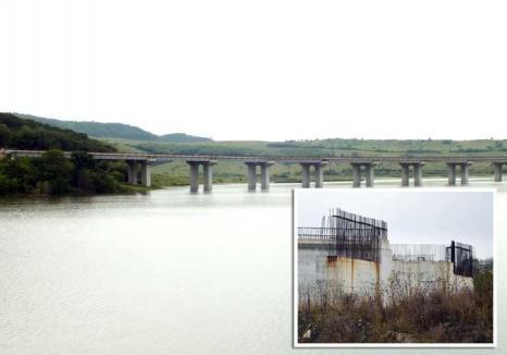 Autostrada de hârtie: Reluarea lucrărilor pe tronsonul bihorean al Autostrăzii Transilvania s-a blocat în reproiectare