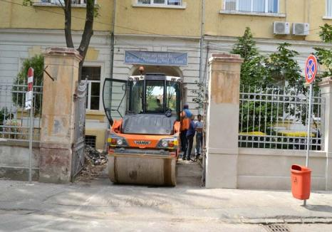 Clopoțel în șantier: În 12 şcoli, trei grădiniţe şi o creşă din Oradea, lucrările de reparaţii încep... odată cu şcoala