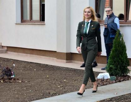 Diva pădurilor: Șefa de la Garda Forestieră Oradea i-a dat gata pe masculi la inaugurarea sediului