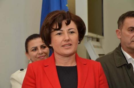 Stela din vârf: Cum a fost făcută Stela Babău președintă la organizația de femei a PSD Bihor