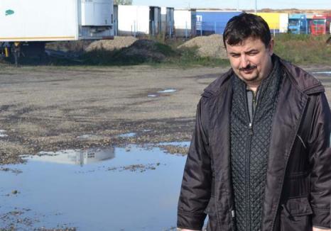 Directorul Porodică: Adjunctul Direcţiei Patrimoniu din Primăria Oradea a fost reclamat la Poliţie