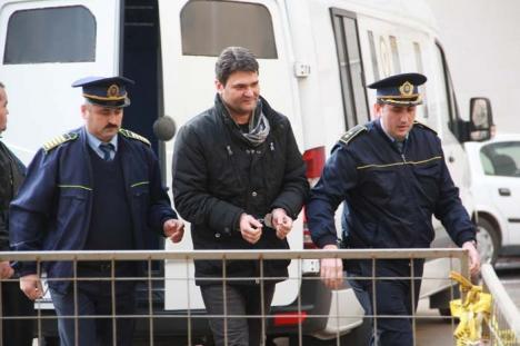 Justiţie cu poticneli: Judecătorul Mircea Pușcaș îşi așteaptă mult şi bine sentința într-un nou dosar de corupţie
