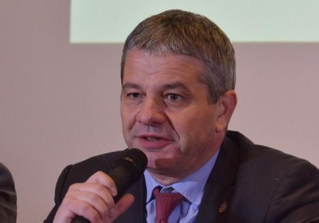 După 100 de zile de ministeriat la Sănătate, Florian Bodog spune că e cea mai importantă funcţie de până acum şi îşi enumeră reuşitele