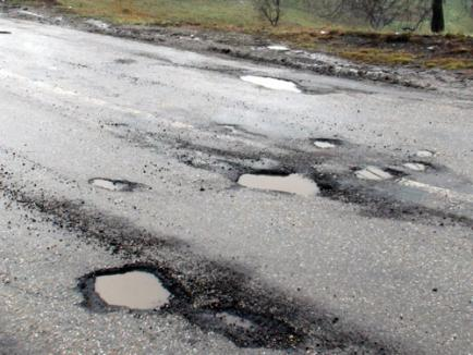 Gropile din asfalt, de vânzare în Germania