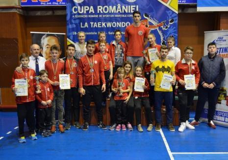 Sportivii orădeni au dominat întrecerile Cupei României la Sporturi marţiale coreene, de la Dej!
