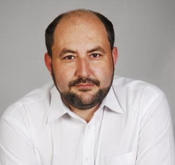 Fostul primar din Chișlaz, urmărit național: Condamnat la puşcărie pentru că a plătit 600.000 lei pentru un cămin cultural fictiv, Ștefan Tripo a fugit!