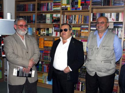 Preşedintele nevăzătorilor din România şi-a lansat cartea la Oradea