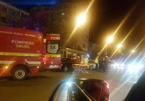 Accident între un Rover şi Mercedes în Nufărul. Două tinere au fost rănite!