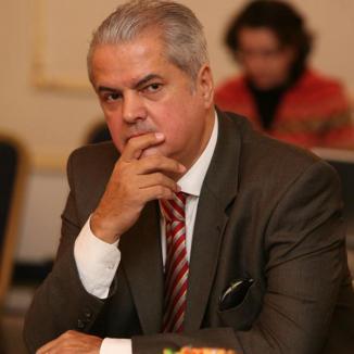 Adrian Năstase, reales şef al Consiliului Naţional PSD