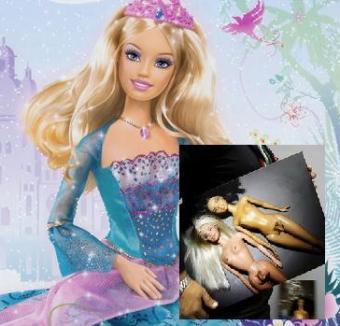 Păpuşa Barbie are penis