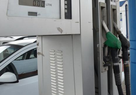 Alimentează şi fugi: doi bihoreni s-au ales cu dosare penale după ce au plecat dintr-o benzinărie fără să plătească