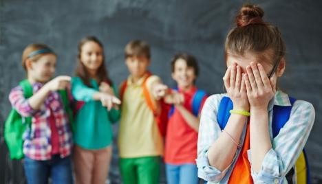Împreună împotriva fenomenului 'bullying': Liceul Don Orione invită autorităţile la o masă rotundă pe tema agresivităţii în şcoli