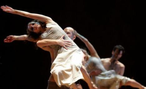 Trei spectacole de teatru-dans la Szigligeti, între care 'Carmina Burana'