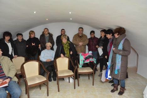 Cu ajutorul unor medici curanţi, bolnavii de cancer din Bihor şi-au făcut asociaţie şi un 'club' unde vor să-şi ajute semenii în suferinţă (FOTO)