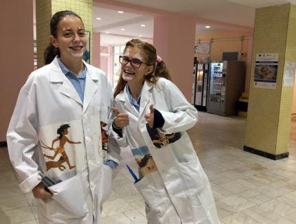 Caritas Eparhial organizează curs de clovni, care apoi să-i înveselească pe micuţii din Spitalul Municipal