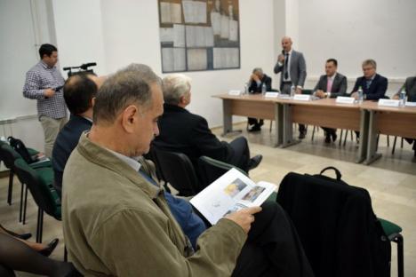 Conferinţă internaţională despre mass-media în post-comunism, la Oradea şi Micherechi