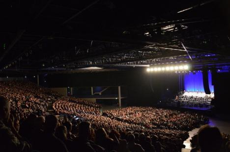 Corul Filarmonicii din Oradea a cântat cu maestrul Ennio Morricone în faţa a 80.000 de spectatori (FOTO/VIDEO)