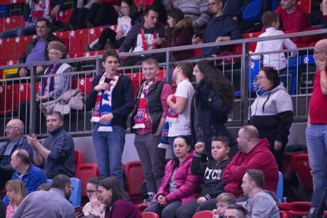 Baschetbaliștii de la CSM CSU Oradea au pierdut la limită amicalul de acasă cu  DEAC Debrecen (FOTO)