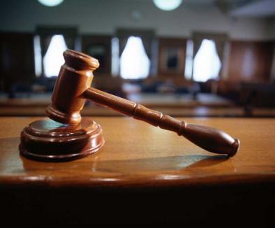 Judecătorii şi mediatorii dezbat cum să degreveze instanţele de dosare