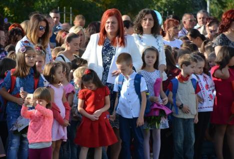 Au început înscrierile pentru clasa pregătitoare: 1.100 de cereri depuse în două zile, în Bihor