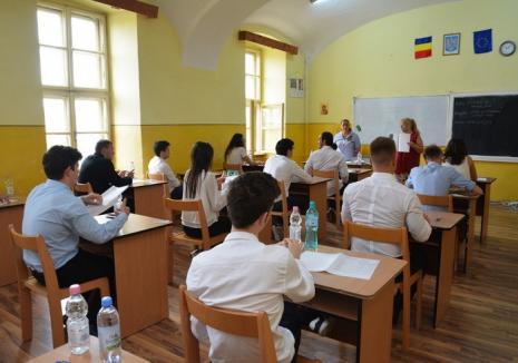 Consiliul Elevilor acuză Primăria Oradea: Respingerea propunerii de acordare a burselor şcolare, un afront la adresa elevilor