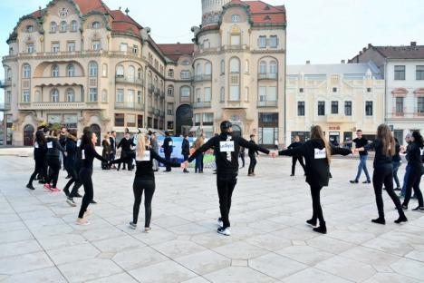 Festivalul studenţesc Unifest a început în paşi de dans, în Piaţa Unirii (FOTO/VIDEO)