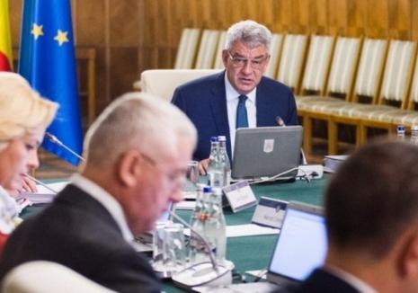 PNL şi USR au depus moţiunea de cenzură împotriva Guvernului Tudose
