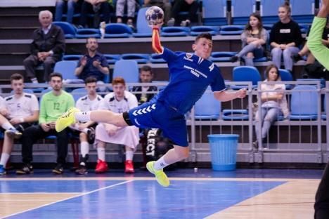 O nouă victorie clară pentru handbalişti: CSM s-a impus cu 36-22 în disputa cu CSU Poli Timişoara (FOTO)