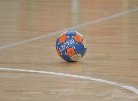 Cupa 'Floare de Lotus' la handbal feminin se desfăşoară la Sânmartin