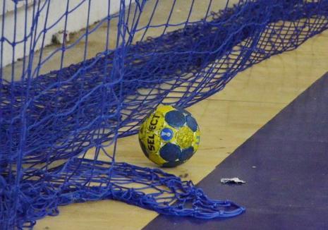 Handbalistele de la CSU Oradea se pregătesc de debutul din noul an