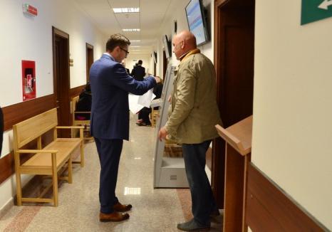 Justiţie fără perdea: Instanţele orădene îşi deschid porţile de Ziua Europeană a Justiţiei