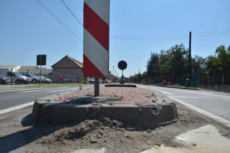 Şoseaua groazei: După ce a ucis 5 şoferi pe DN 79 cu insulele de calmare a traficului, Compania de Drumuri pregăteşte noi 'crime' pe DN1 (FOTO / VIDEO)