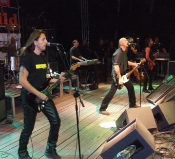 Trupă maghiară care cântă împotriva românilor concertează la Salonta