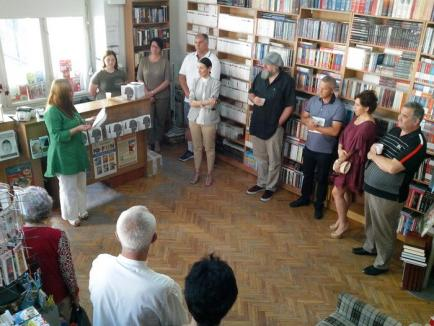 'Sunt singular'. Cunoscutul bluesman AG Weinberger a lansat prima sa carte la Oradea (FOTO)