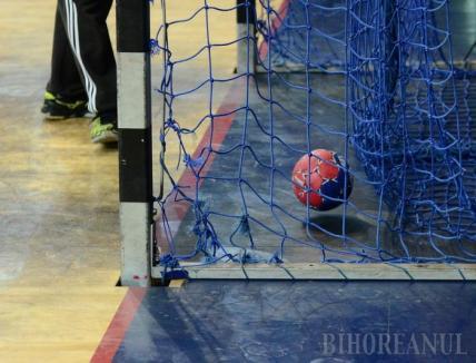 Handbalistele de la CSU Oradea s-au impus la Tg. Secuiesc, cu scorul de 35-27