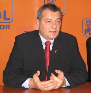 PDL Bihor acuză conducerea Primăriei că face campanie PNL-ului pe bani publici
