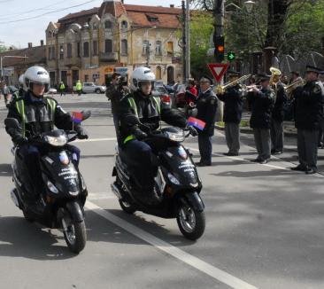 Defilare cu scutere de ziua eliberării Oradiei (FOTO)
