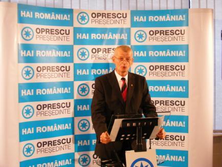 Oprescu: Mircea Geoană, prezentat ca îngerul de pe dric