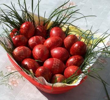 În Joia Mare ouăle sunt vopsite