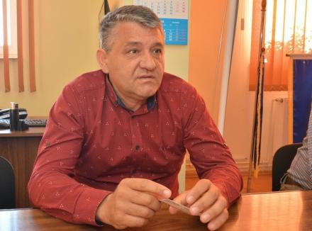 Autogol de Nojorid: Edilii şi-au tras club sportiv, deşi satele comunei 'plâng' după canalizare şi apă