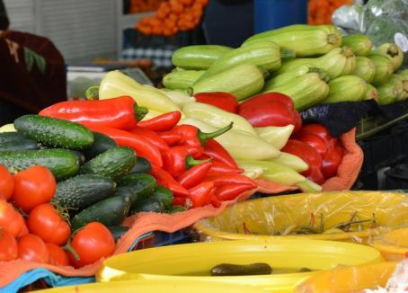 Legume şi fructe cu 'baiuri'. Controalele în pieţe şi hipermarketuri din Bihor s-au lăsat cu amenzi de 32.000 lei