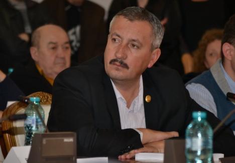Unul pleacă, altul vine: Deputatul PSD Ioan Sorin Roman va ocupa cabinetul parlamentar al PNL-istului Valeriu Boeriu