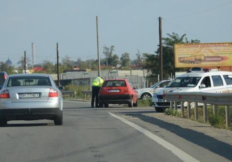 Şoferiţă cu BMW: O bihoreancă a rămas fără permis după ce a gonit cu 142 km/h pe centură