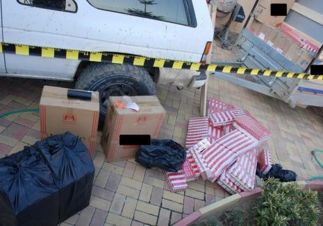 Raid al Poliției în pieţele din Oradea: amenzi şi confiscări de ţigări şi îmbrăcăminte de contrabandă