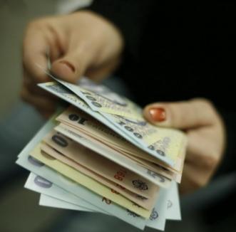 Guvernul vrea ca statul să poată bloca salariile rău-platnicilor fără somaţie