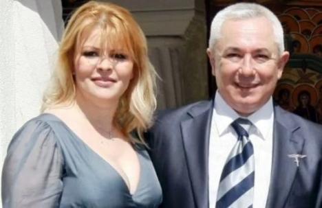 Cântăreaţa Sanda Ladoşi, ridicată de procurorii DIICOT